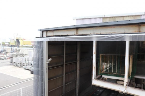 大型製造工場の防鳥工事|大阪市此花区 イメージ