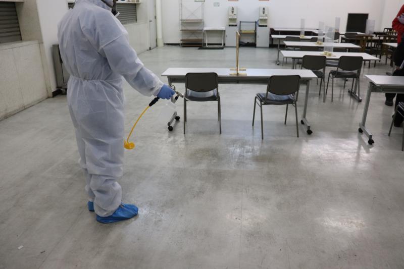 集配倉庫の新型コロナウィルス消毒作業|大阪市北区スライダー2