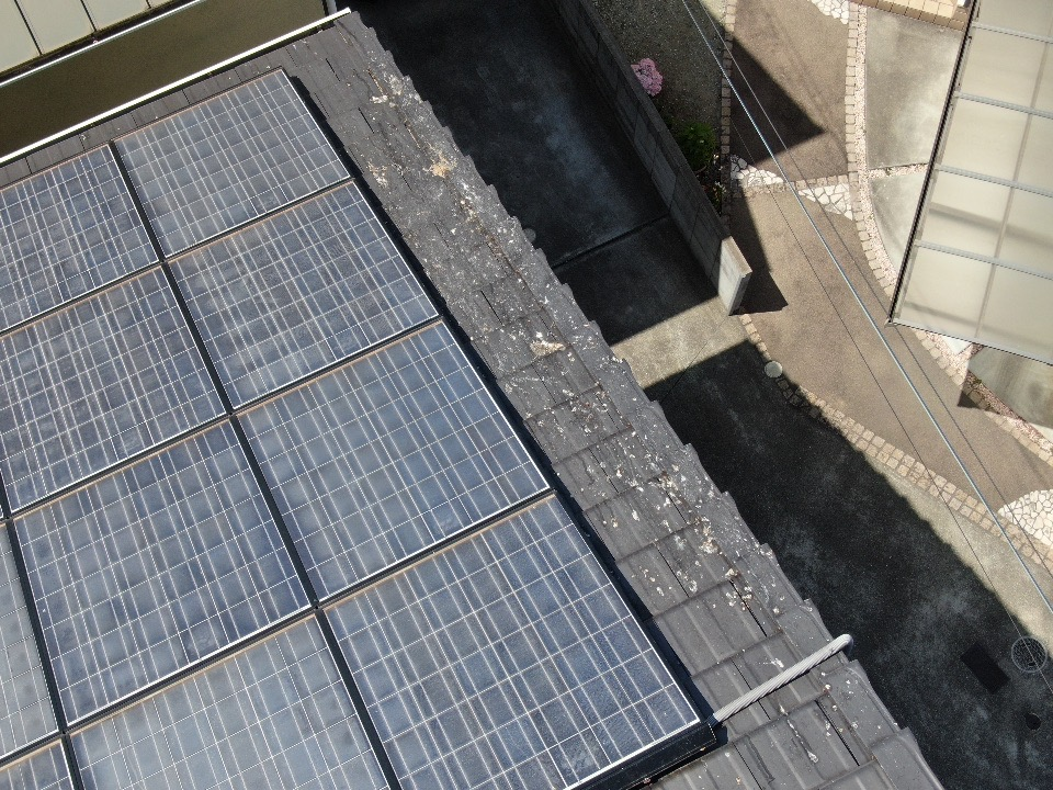 戸建住宅太陽光パネルの鳩対策 兵庫県明石市スライダー3