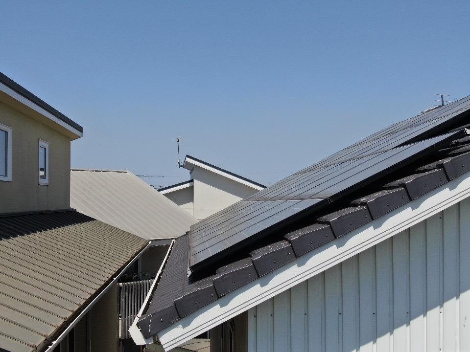 戸建住宅太陽光パネルの鳩対策 兵庫県明石市スライダー5