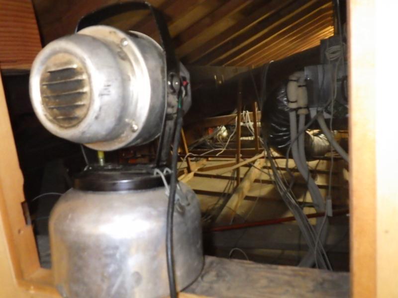 伝統的木造家屋のネズミ防除作業|京都市北区スライダー4